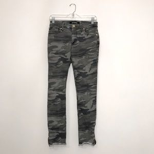Express Camouflage Mid Rise Ankle Legging Jean 2R